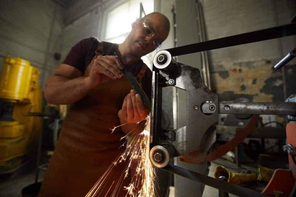 Blacksmith sharpening knife