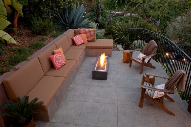 Banquette With Firepit 2
