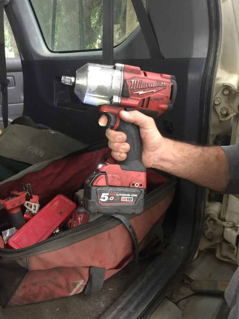 Milwaukee-2767-vs-2763-impact-wrench-review