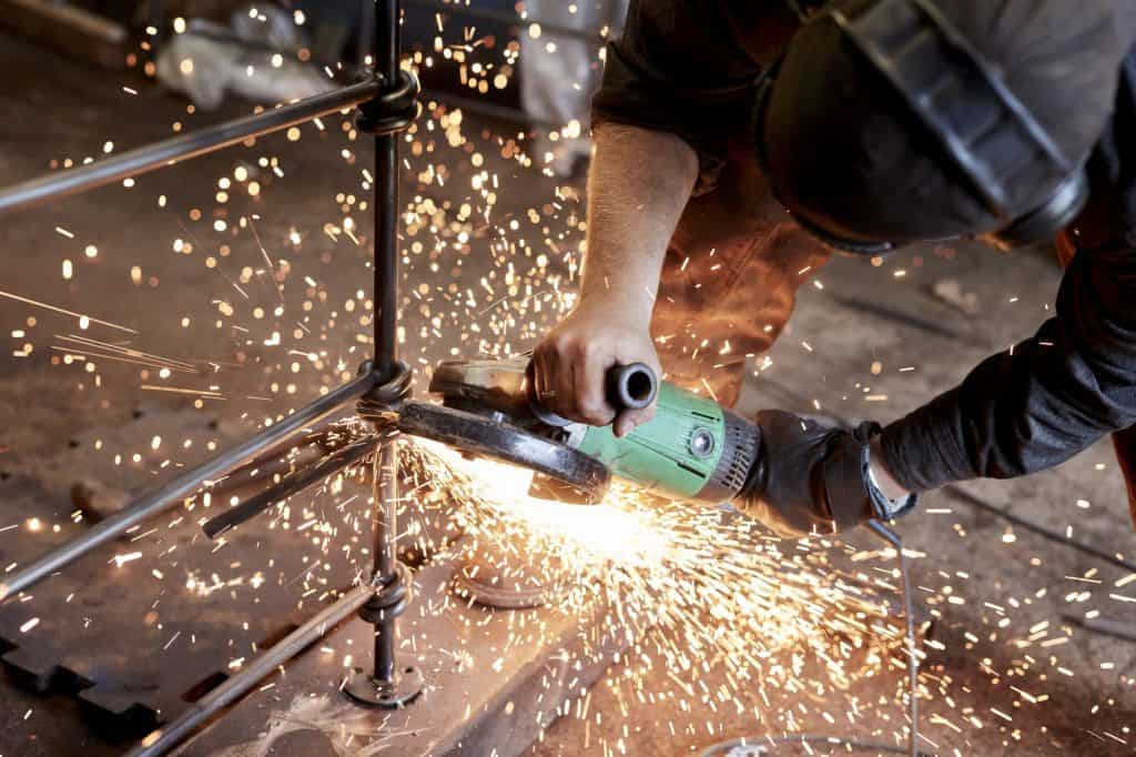 best-angle-grinder-how-to-remove-blade