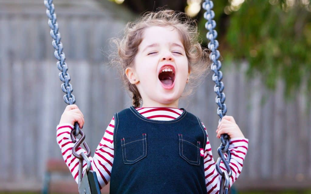 best-metal-swing-sets-for-small-yards